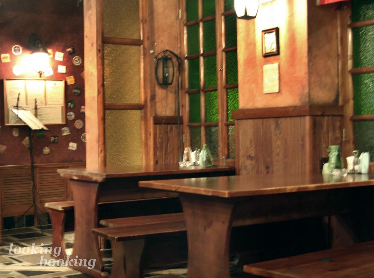 Small group tours Ireland - Wild West Irish Tours Irish pub fashion island